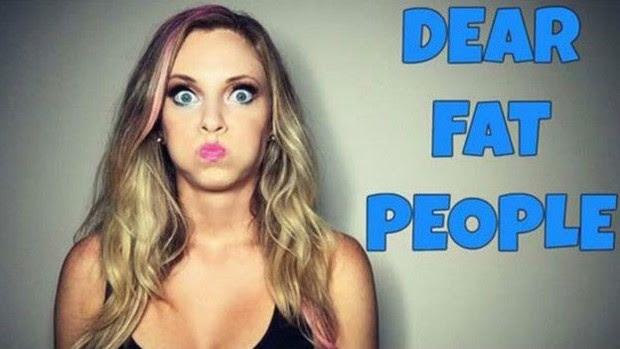 Comediante Nicole Arbour acusa YouTube de censura após piada com gordos (Foto: Reprodução/YouTube)