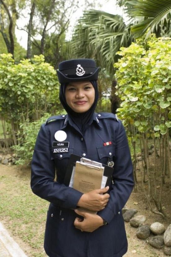 police_girls_18