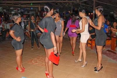 Photo: Cameroon Girls Take Over Calabar s*x Market