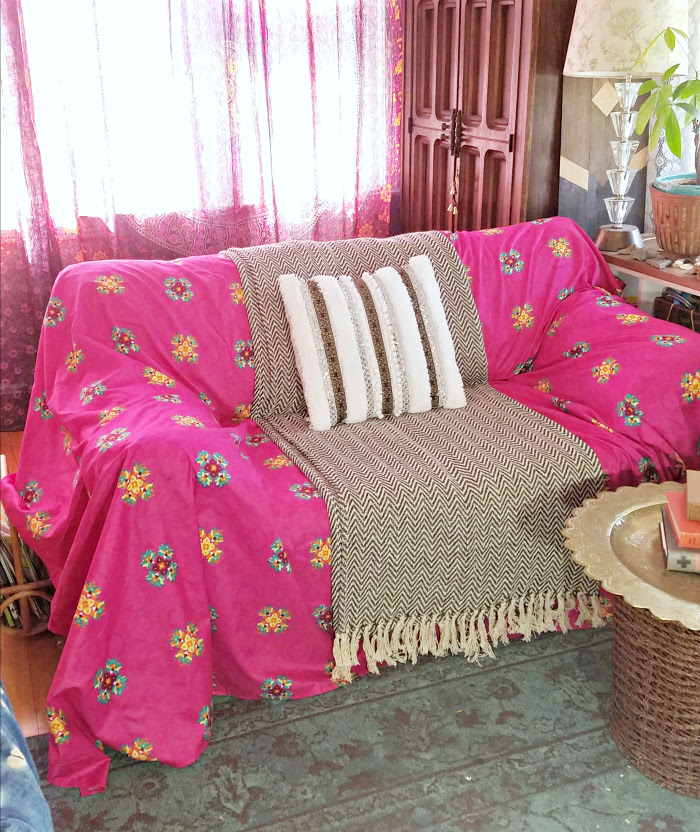 pink boho sheet to couch cover- hand me down sofa bohemian style