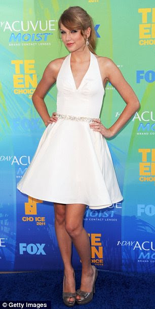 Taylor Swift channelled the actress at the 2011 Teen Choice Awards