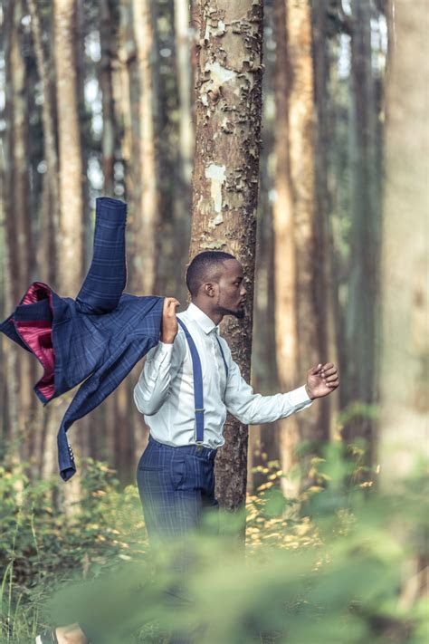 Top Kenyan Fashion Wedding & Portraiture photographer