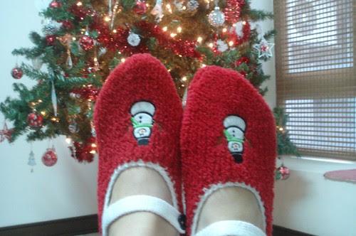 Christmas slippers from NeeNee