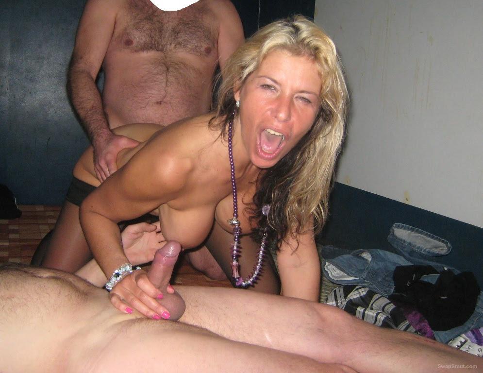 Vibrating huge dildo porn