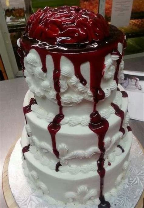 2015 zombie wedding cake with bleeding brain