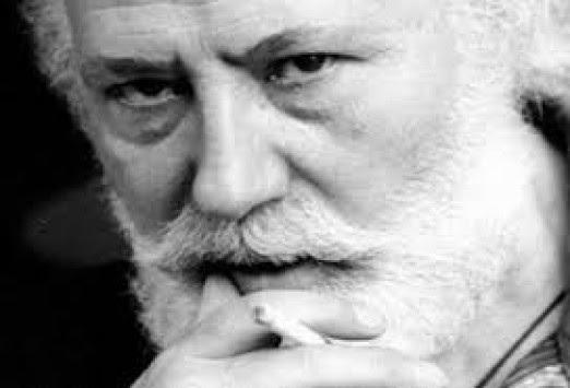 Πέθανε ο Νίκος Χουλιάρας