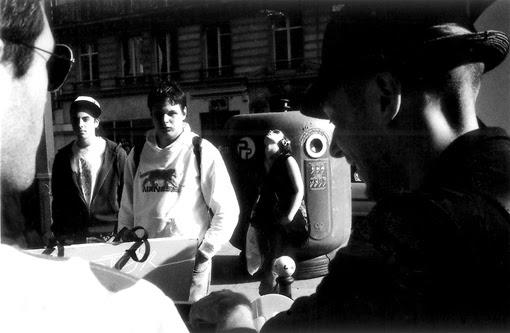 Paris Party de plaisir Tekilatex Dcontract team wombat