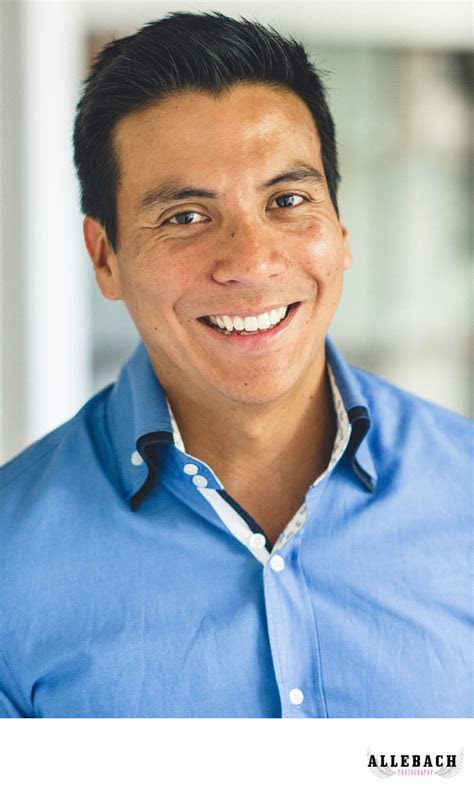 Professional LinkedIn Headshot   Branding Headshots
