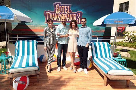 "Selena Gomez   ""Hotel Transylvania 3: Summer Vacation"" Photocall in Culver City"
