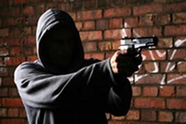 Resultado de imagem para violência arma de fogo