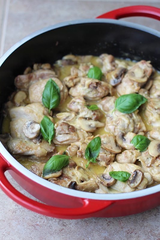 chicken with wine and cream sauce