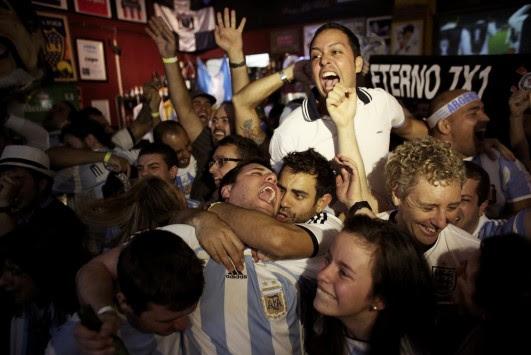 Είναι τρελοί αυτοί οι Αργεντίνοι! ΕΚΠΛΗΚΤΙΚΟ ΒΙΝΤΕΟ