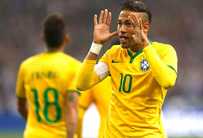 Neymar comemora gol do Brasil contra a França (Foto: Bruno Domingos / Mowa Press)