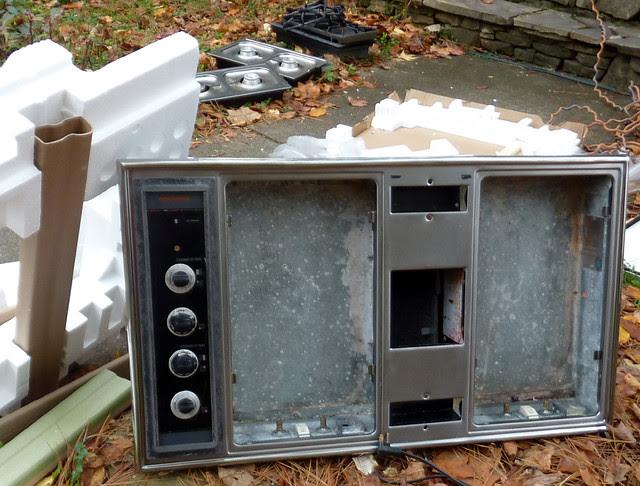 P1130768-2012-11-15-Range-Oven
