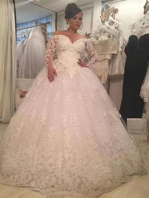 Luxury Ball Gown Crystal Wedding Dress Royal Train Puffy