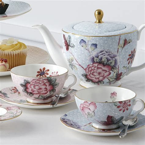 Wedgwood Cuckoo Tea Caddy   Wedgwood® Australia