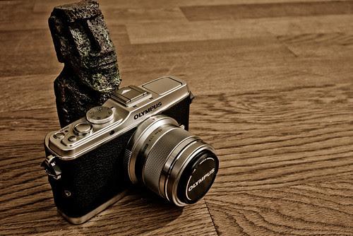 Olympus E-P3 & MZD 45mm f/1.8