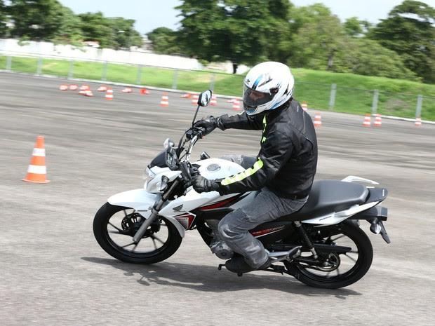 Honda CG 160 Titan EX (Foto: Caio Mattos / Divulgação)