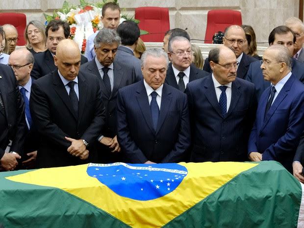 O presidente do Brasil, Michel Temer, participa do velório de Teori Zavascki, ministro do Supremo Tribunal Federal, neste sábado (21) (Foto: REUTERS/Diego Vara TPX IMAGES OF THE DAY)