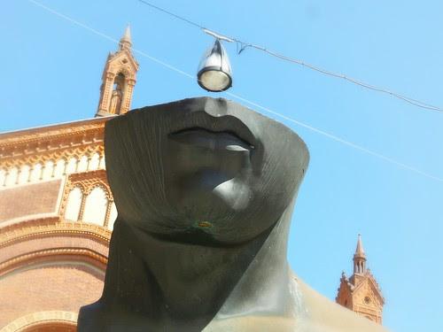 Al posto della testa, una luce... by Ylbert Durishti