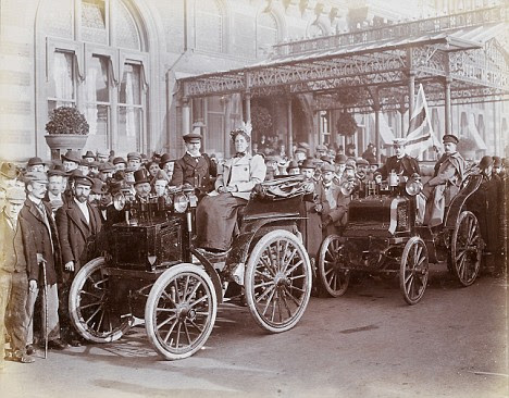 Image result for people crowding to see the horseless carriage