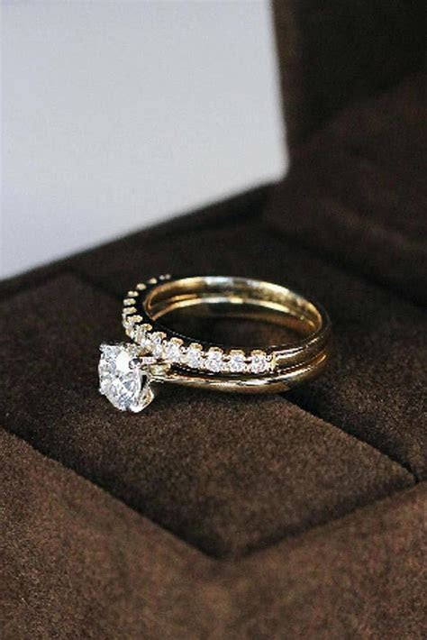 24 Classic Engagement Rings For The Timeless Bride   Oh So
