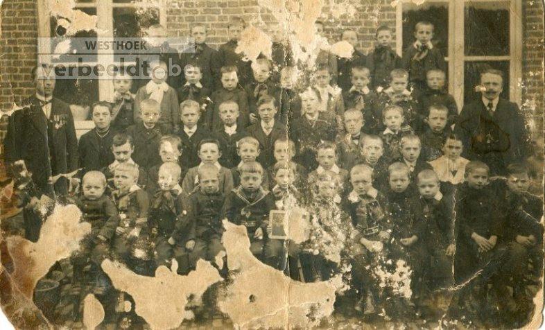Eggewaartskapelle: gemeenteschool Eggewaartskapelle 1913