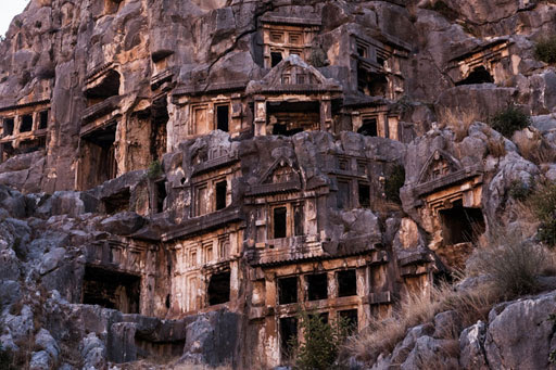 ancient-lycian-myra-rock-tomb