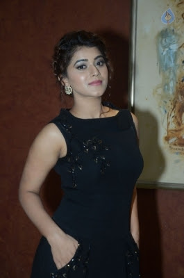 Yamini Bhaskar Stills - 11 of 31