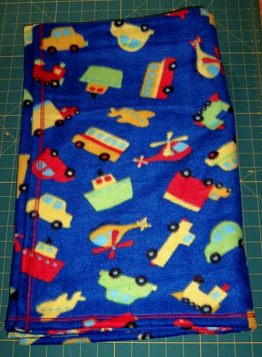 Fleece Blanket w/coverstitch hem