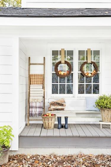 9 Cozy Fall Porch Ideas | Artful Homemaking