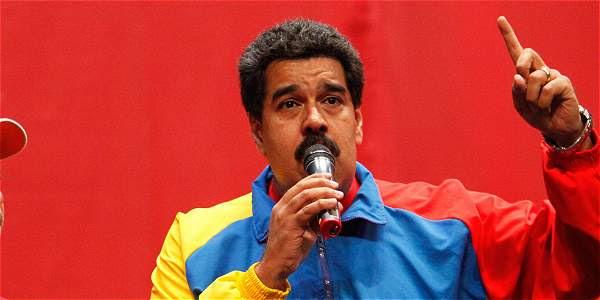 """Maduro: """"Un pajarito me dijo que Chávez está feliz"""""""