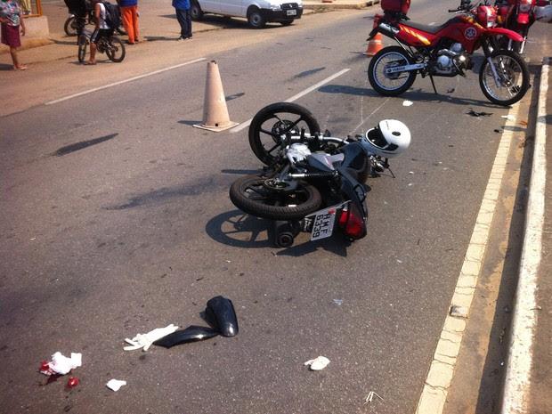 Resultado de imagem para choque entre duas motos