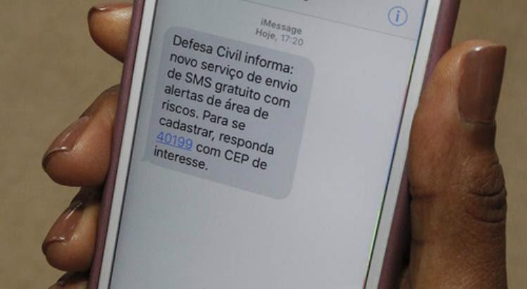 Resultado de imagem para Alerta de desastres naturais via SMS começa dia 26 no Norte e Nordeste
