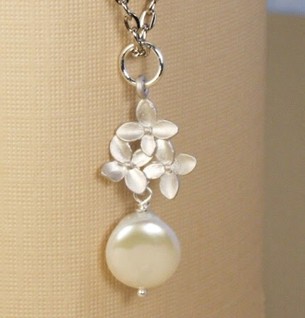 Ivory Pearl and Silver Hydrangea Bouquet Necklace
