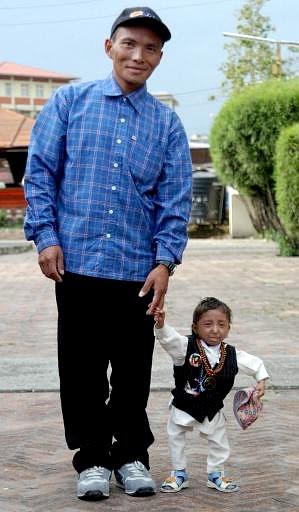 shortest man on earth. shortest man on earth. Nepal#39;s shortest man in quest; Nepal#39;s shortest man in quest. rtdgoldfish. Apr 2, 08:57 PM