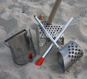 Beach Metal Detecting Scoops