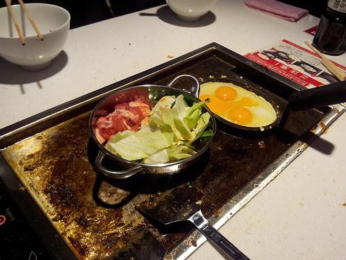 天満にオープンした食べ放題のお店 by GOONTIC