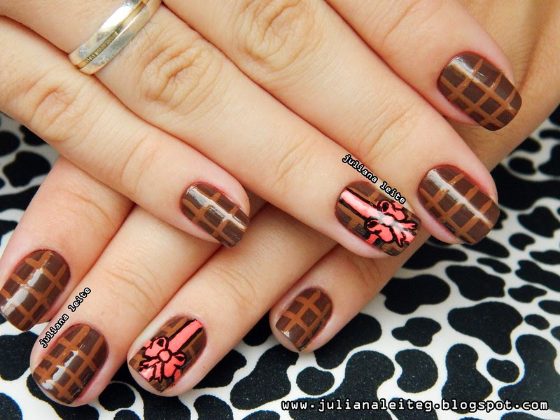 juliana leite makeup nailart unhas decoradas barra de chocolate diferente doces presente laços embrulho marrom tinta tecido bem feita blog esmalte colorama pincel páscoa feitas semana