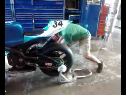 Fastest Endurance Race Bike Rear Tire Change Youtube
