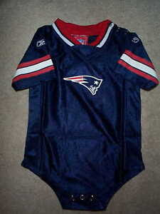 REEBOK New England Patriots nfl BABY INFANT NEWBORN CREEPER Jersey 18M 18 Months