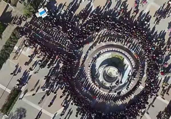 Διακόσιοι Πόντιοι χόρεψαν για την απελευθέρωση της Χίου