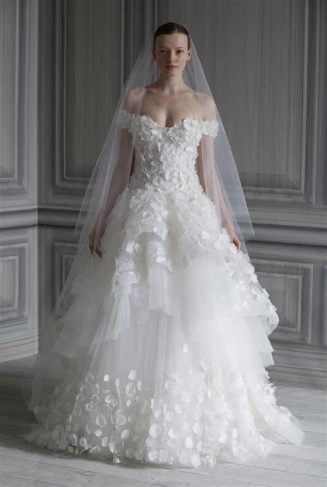 Wedding Trend Ideas: Affordable Beach Wedding Dresses