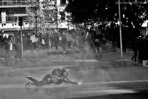 Santiago de Chile, protesta estudiantil by Alejandro Bonilla