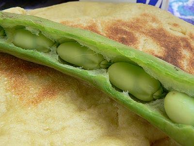pain et févettes.jpg