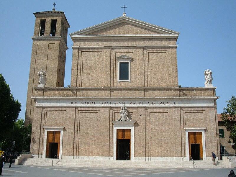 File:Trionfale - S. Maria delle Grazie 5.JPG