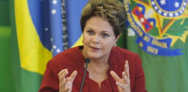 A presidente Dilma Rousseff durante café da manhã com jornalistas no Palácio do Planalto