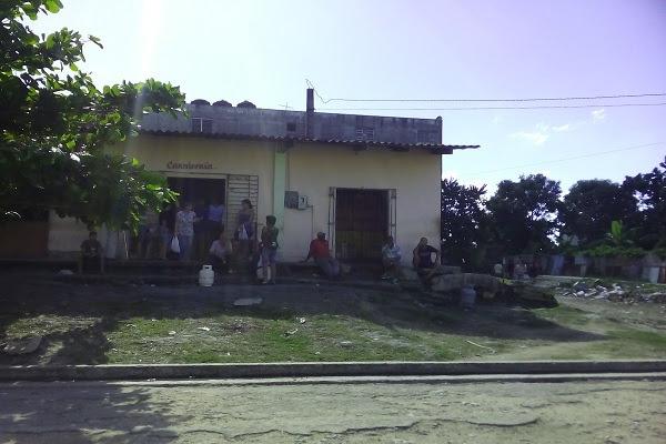 Carnicería en calle 3era. Altahabana, Boyeros (foto del autor)