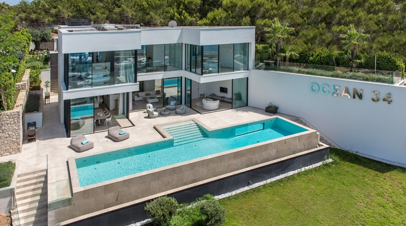 11 9 Million Modern Waterfront Home In Spain Homes Of The Rich