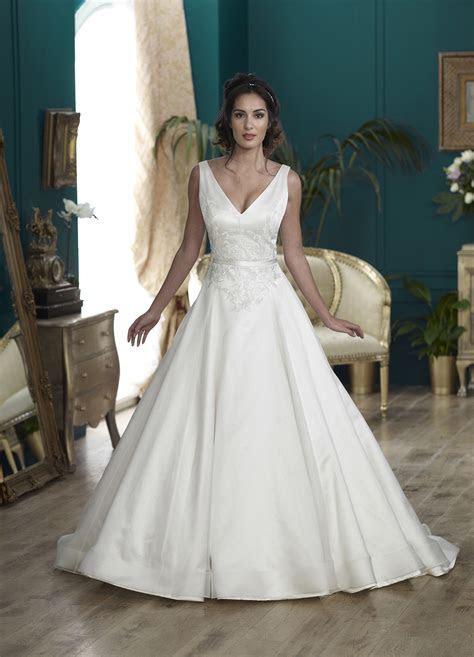 Nicola Anne   Handmade Couture Wedding Dresses   Love My